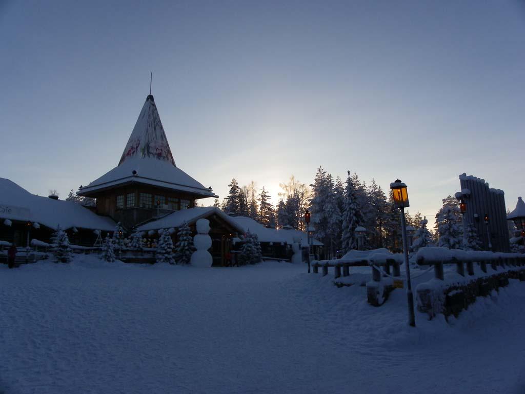 IMGP0600_santa-village