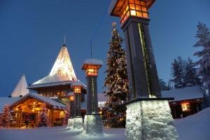 IMGP0636_santa-village-sera-polar-line
