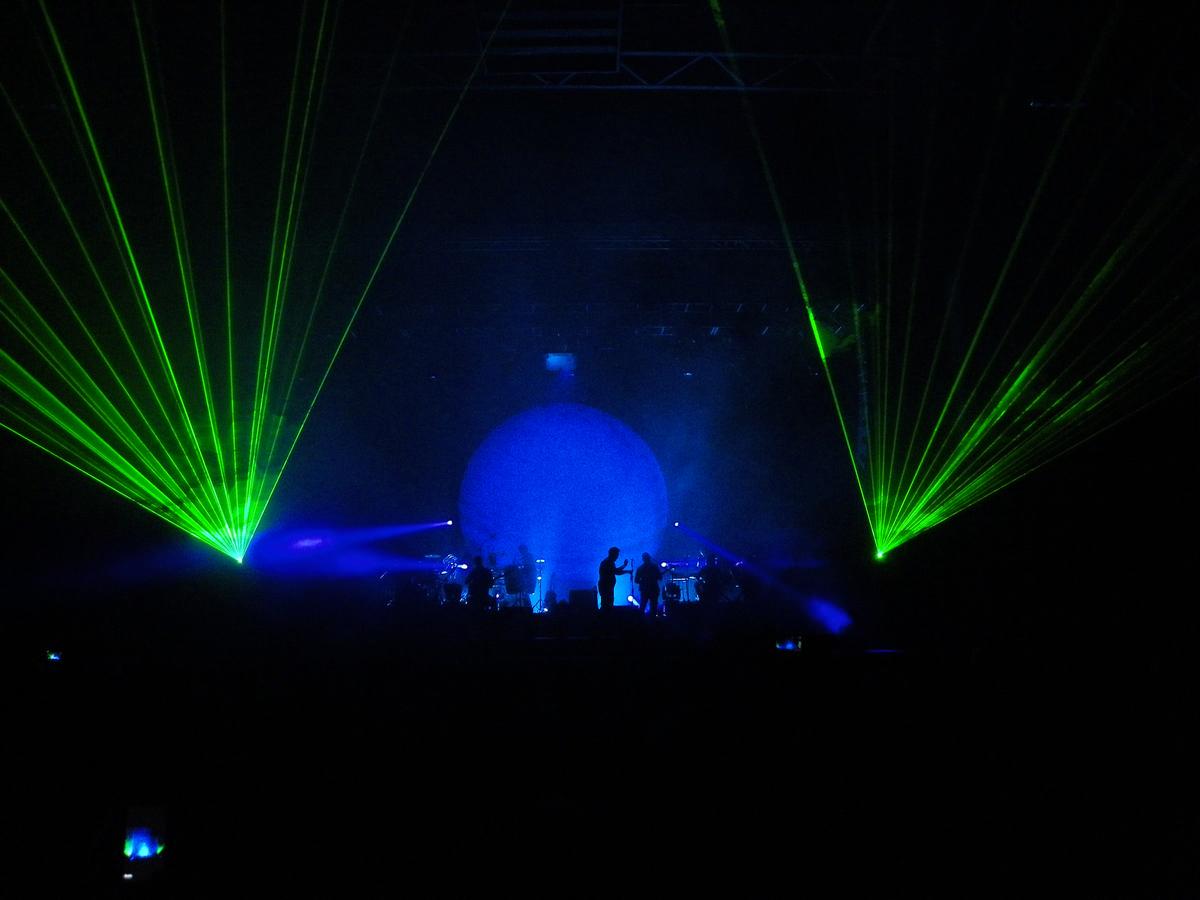 laser sul palco