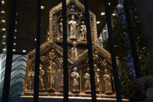 IMGP9993_colonia_cattedrale_interno_arca-remagi_res1024