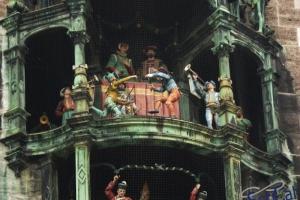 IMGP6602_neues rathaus_carillon