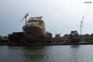 100_4205_cantieri navali.jpg