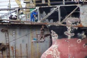 100_4212_cantieri navali.jpg
