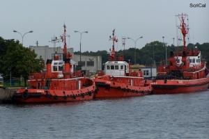 100_4243_cantieri navali.jpg