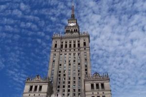 100_3777_palazzo cultura e scienza.jpg