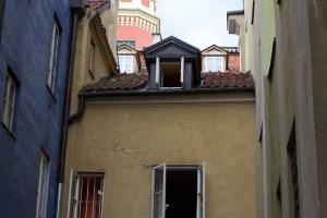 100_3454_stare miasto-ostello.jpg