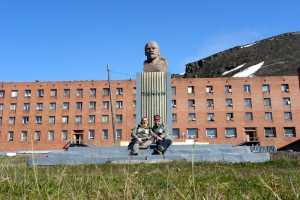 IMGP7302_Barentsburg_x