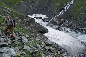 IMGP5769_lungo la Dora Valgrisenche-neve perenne