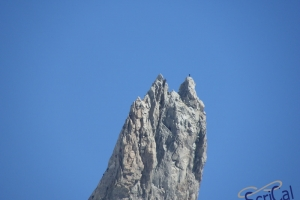 IMGP5962_rocciatori su dente gigante_da Punta Hellbronner