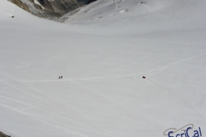 IMGP5937_alpinisti sul ghiacciaio-da Punta Hellbronner