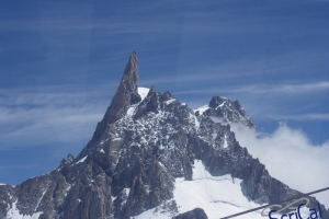 IMGP6005_sullovovia verso Aiguille du Midi-dente gigante