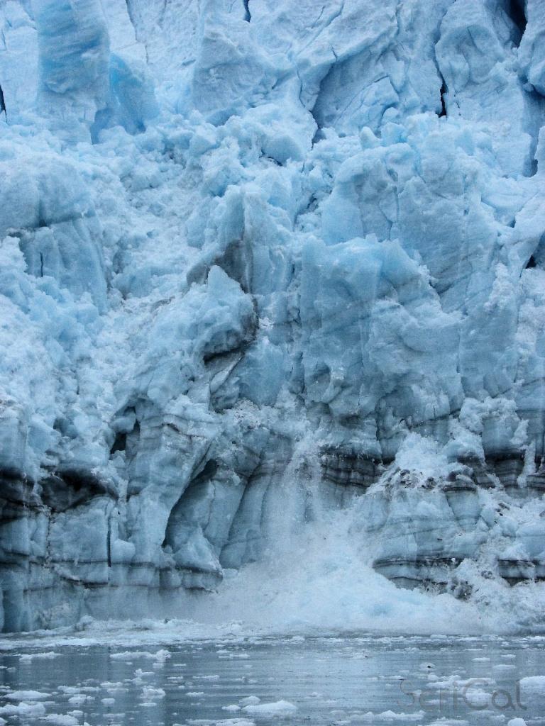 Il ghiacciaio Surprise fotografato da ScriCal in Alaska