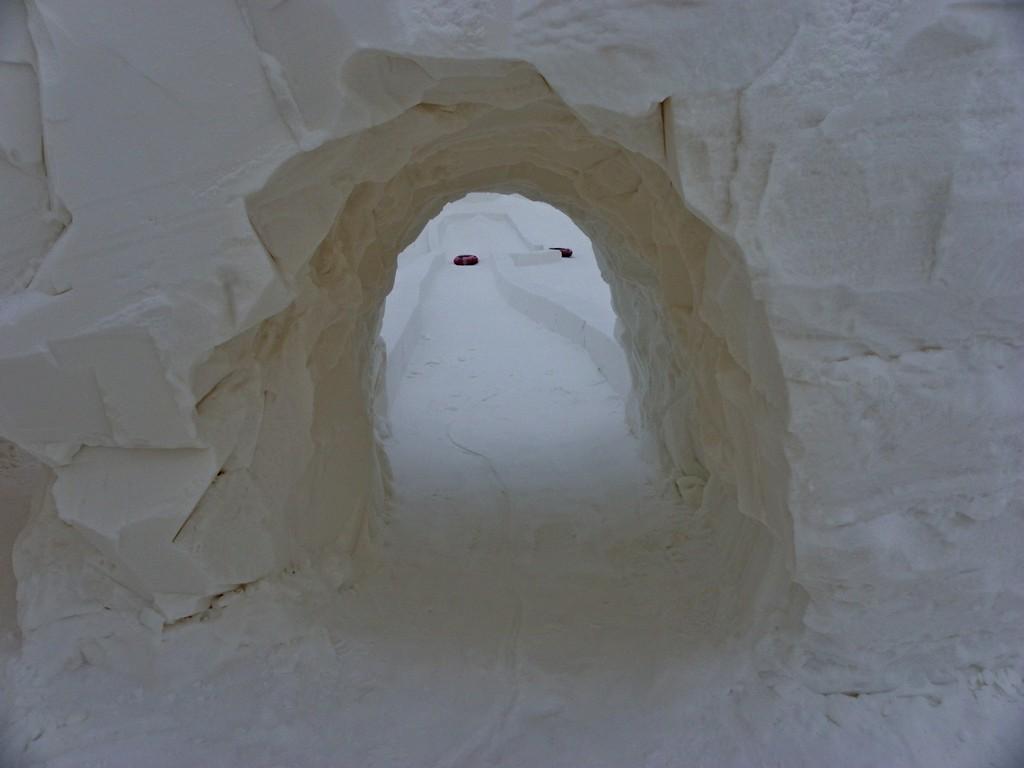 IMGP0401_Kemi-castello-di-ghiaccio-scivolo