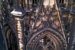 CAM00069_colonia_cattedrale_interno-torre_res1024