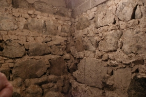 IMGP0065_colonia_cattedrale_interno_cripta_res1024