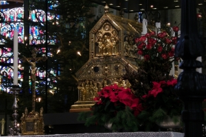 IMGP9997_colonia_cattedrale_interno_arca-remagi_res1024