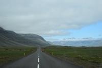 DSC_0024_strada-verso seydisfjordur-ciclista