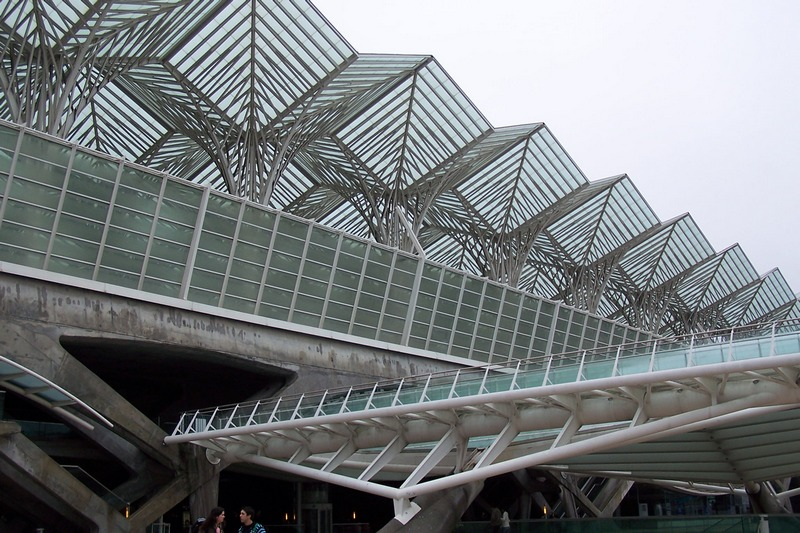 100_5863_ParqueDasNacoes_stazione Oriente.jpg