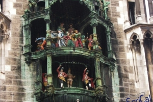 IMGP6599_neues rathaus_carillon