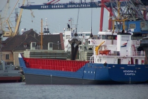 100_4231_cantieri navali.jpg