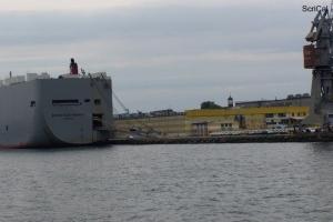 100_4261_cantieri navali.jpg