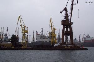 100_4438_cantieri navali.jpg