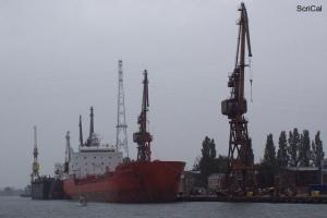 100_4442_cantieri navali.jpg