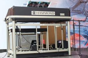 100_3242_hammond.jpg