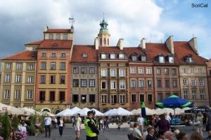100_3247_stare miasto-piazza mercato.jpg