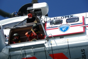 IMGP7211_Barentsburg_elicottero-esercitazione