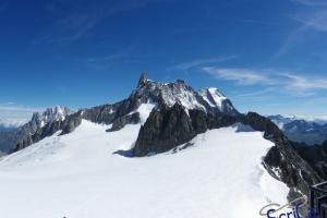 IMGP5942_dente gigante-Aiguille de Rochefort-Grandes Jorasses-da Punta Hellbronner