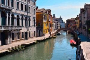 venezia-deserta-canale-coronavirus-scrical